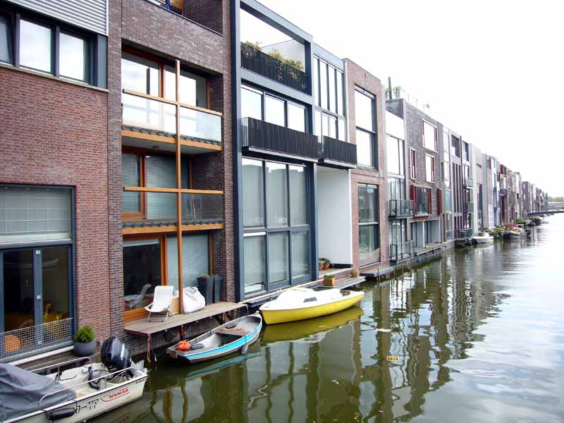 Dutch houses holland homes netherlands property e for Design amsterdam
