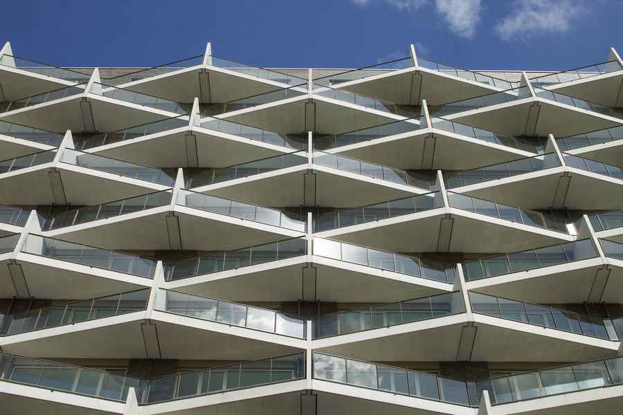 De kameleon bijlmermeer building amsterdam e architect for Product design jobs amsterdam