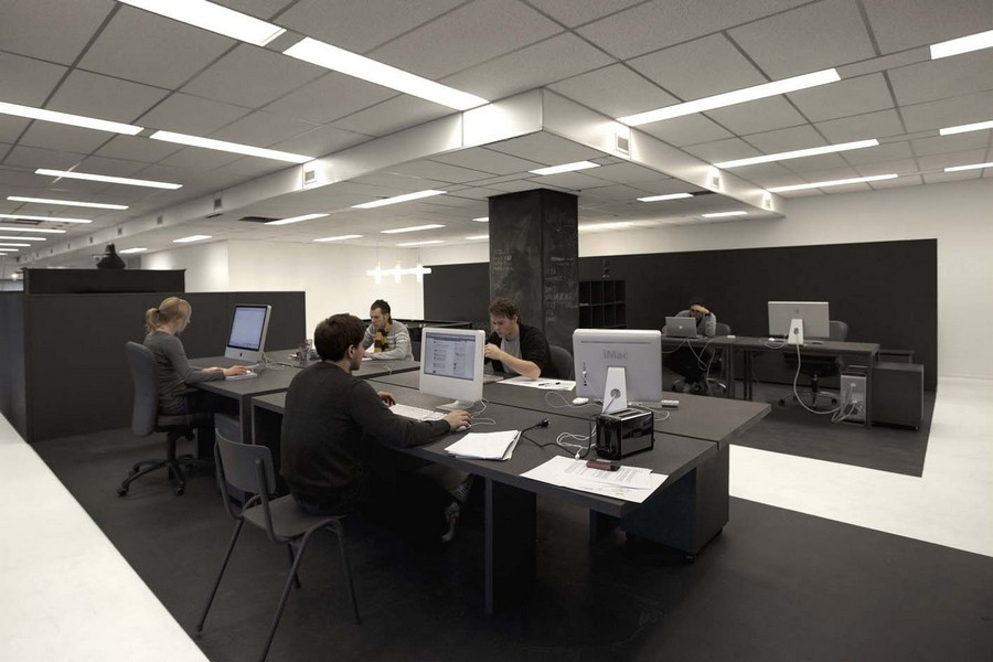 https://www.e-architect.co.uk/images/jpgs/amsterdam/gummo-office-i210513-i3.jpg