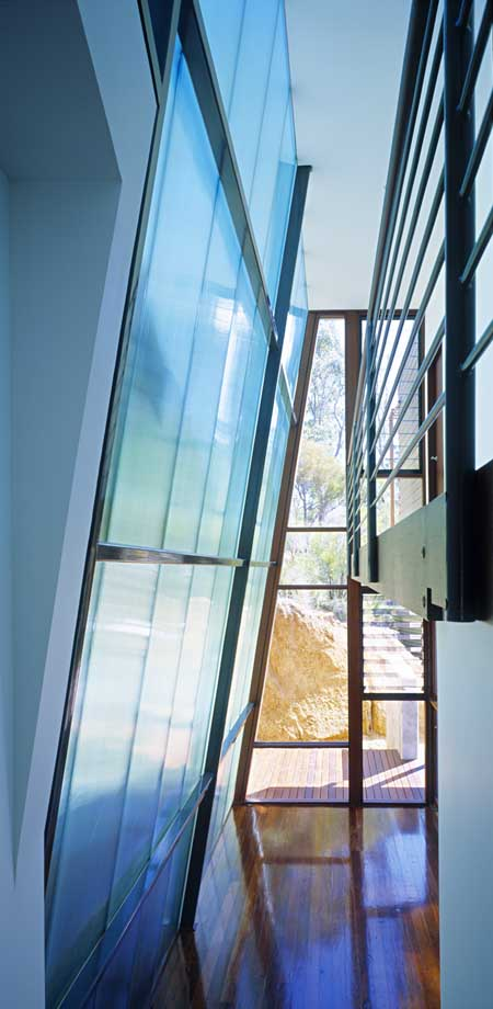 http://www.e-architect.co.uk/images/jpgs/australia/gooseberry_hill_sm_i020909_5.jpg