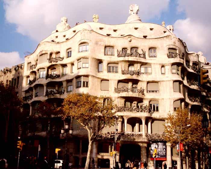 Casa Mila - La Pedrera Barcelona - e-architect