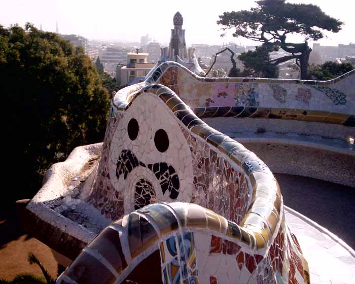 Park guell antoni gaudi barcelona e architect for Architecture gaudi