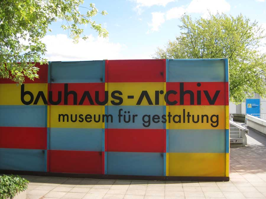 bauhaus archiv berlin walter gropius museum of design e architect. Black Bedroom Furniture Sets. Home Design Ideas