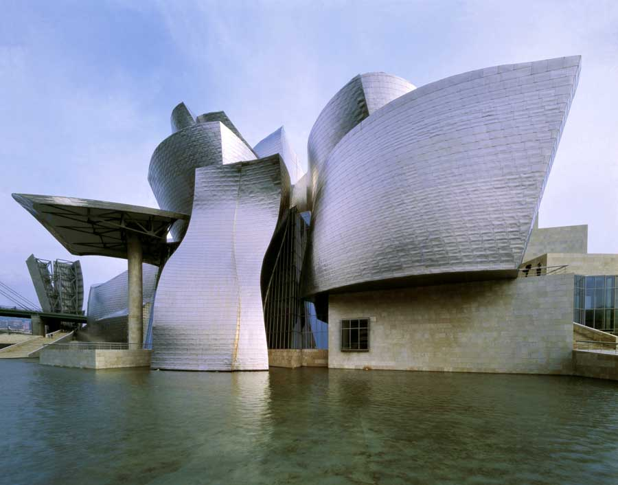 Guggenheim museum bilbao frank gehry spain architect e for Famous buildings and architects