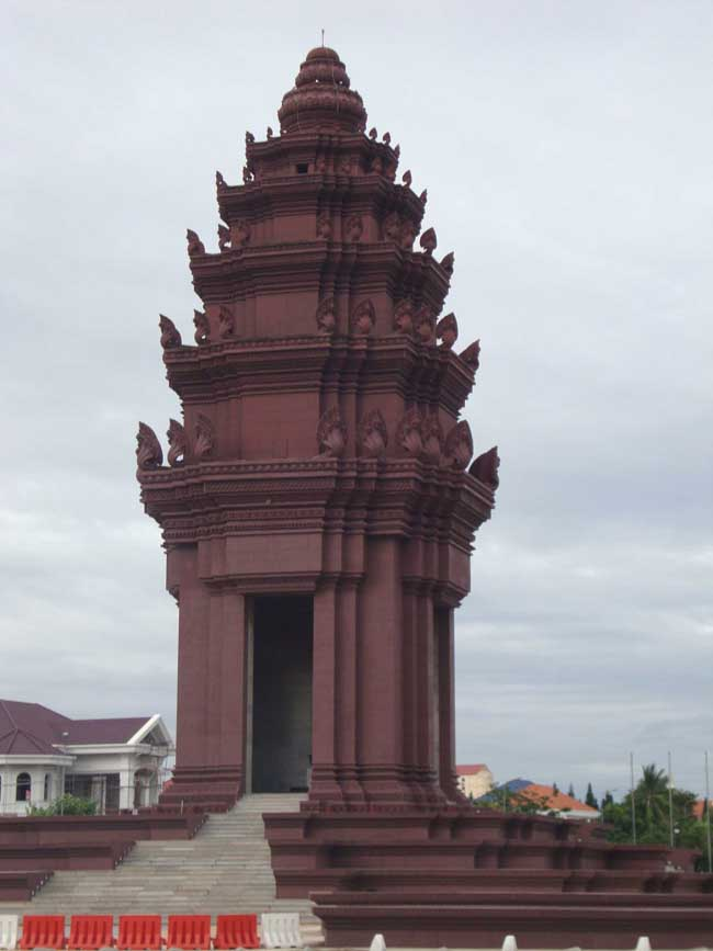 Cambodia buildings architecture e architect for Architecture khmer