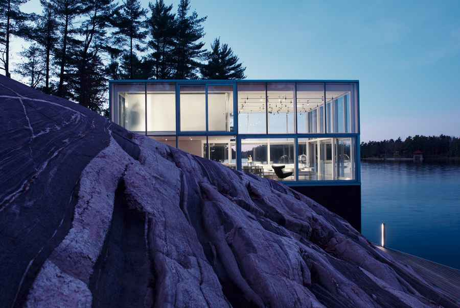 Photographer s studio over a boathouse stony lake canada for Building a house in ontario