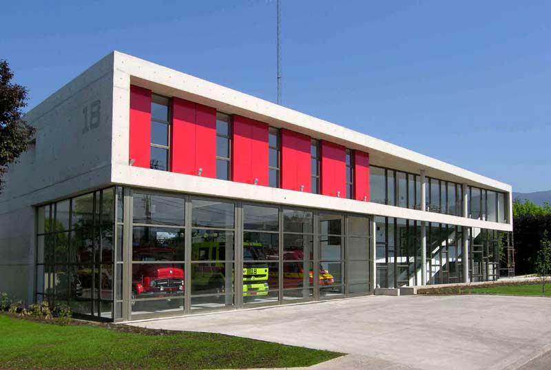Santiago fire station building architect e architect