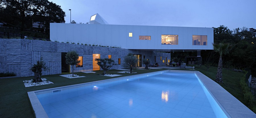 Contemporary Residential Properties E Architect
