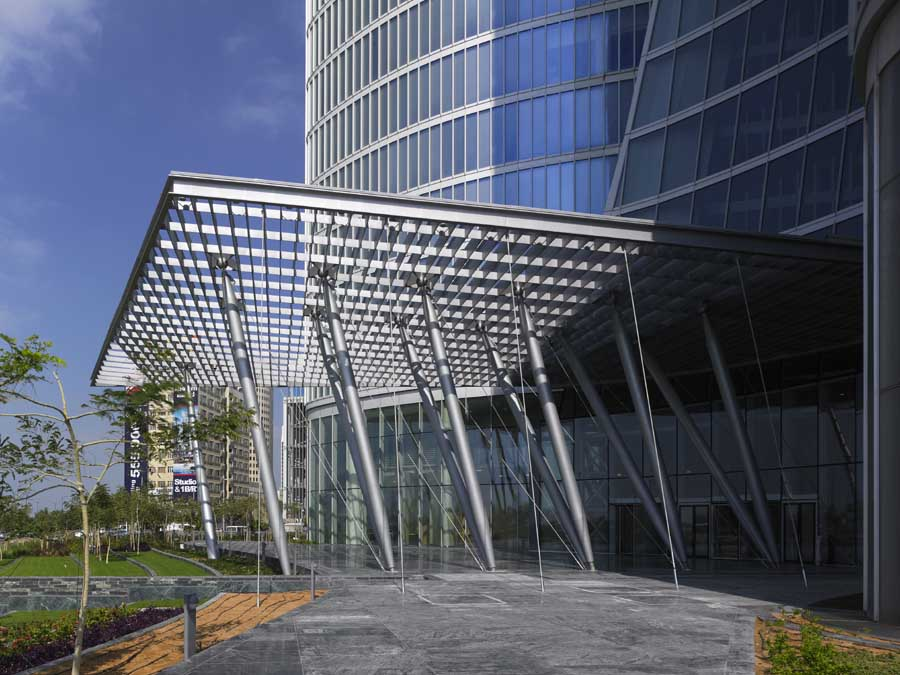 ADIA Headquarters view entry canopy & ADIA Headquarters Abu Dhabi Tower - HQ - e-architect