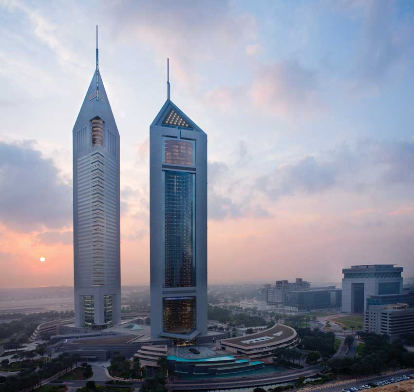 Jumeirah emirates towers dubai hotel building e architect for Emirates hotel dubai