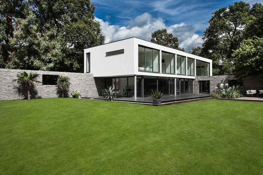 Folding house england e architect Contemporary house designs uk