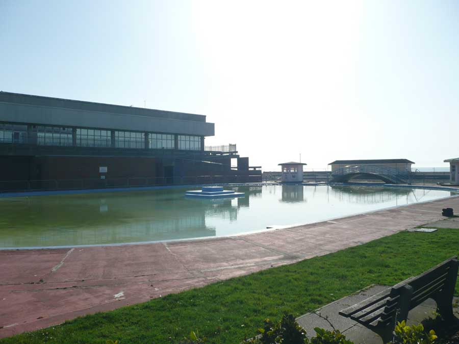 worthing swimming pool competition west sussex building e architect