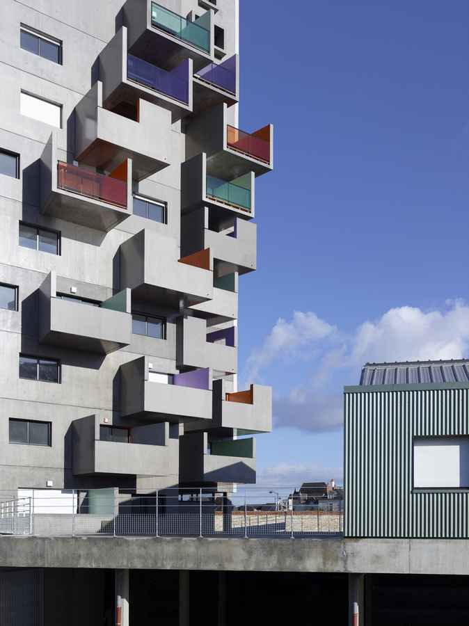 French housing residential buildings france e architect for Residential architect