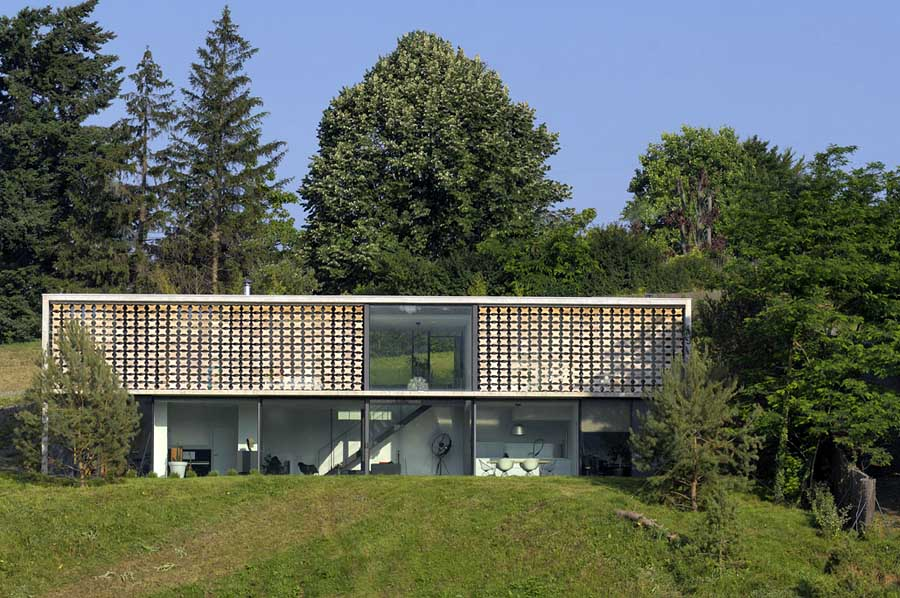 http://www.e-architect.co.uk/images/jpgs/france/lyon_house_aum110309_4.jpg