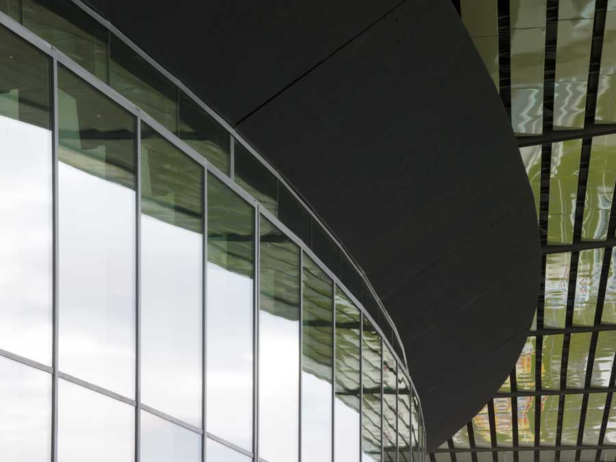 http://www.e-architect.co.uk/images/jpgs/france/zenith_foster101108_nigelyoung_10.jpg