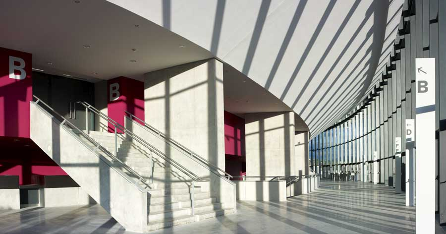 http://www.e-architect.co.uk/images/jpgs/france/zenith_foster101108_nigelyoung_6.jpg