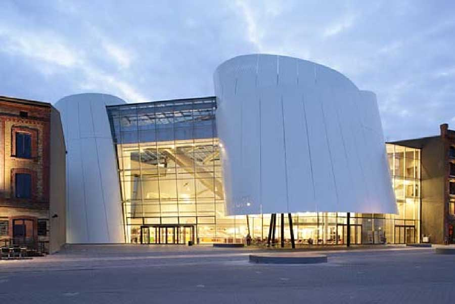 http://www.e-architect.co.uk/images/jpgs/germany/ozeaneum_stralsund_behnisch170309_jms_2.jpg