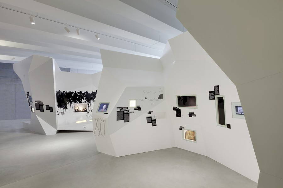 Pal 196 On Research And Experience Centre Germany E Architect