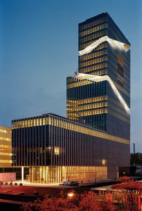Mahler 4 office tower amsterdam architecture rafael for Product design jobs amsterdam