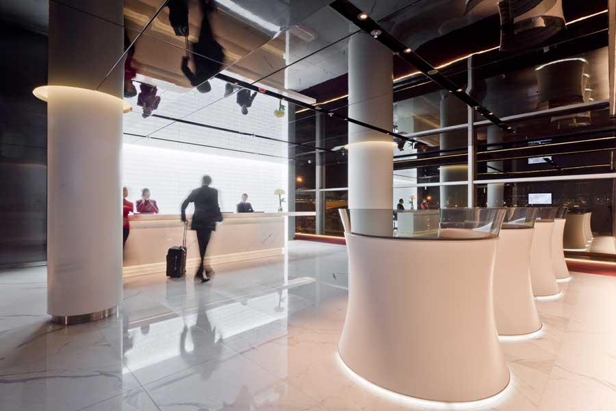 Cathay Pacific Lounge Hong Kong Airport Foster Partners