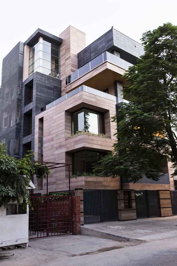 Cuboid house new delhi residence new friends colony Designer houses in india