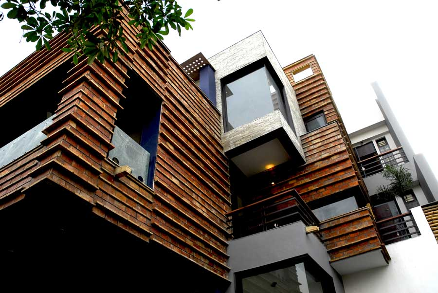 New delhi architecture buildings india e architect for Building a house in india
