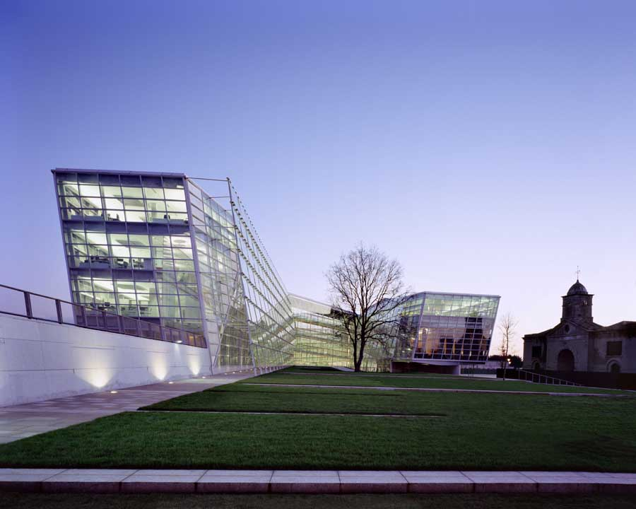 Giants causeway ireland visitor centre building e architect for Office design northern ireland