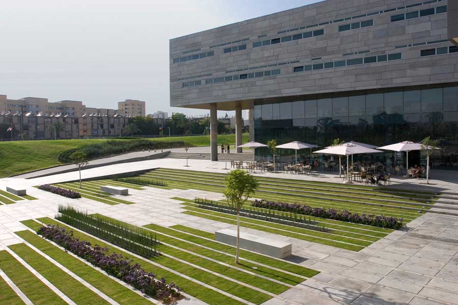 http://www.e-architect.co.uk/images/jpgs/israel/deichmann_square_bgu_c110111_1.jpg