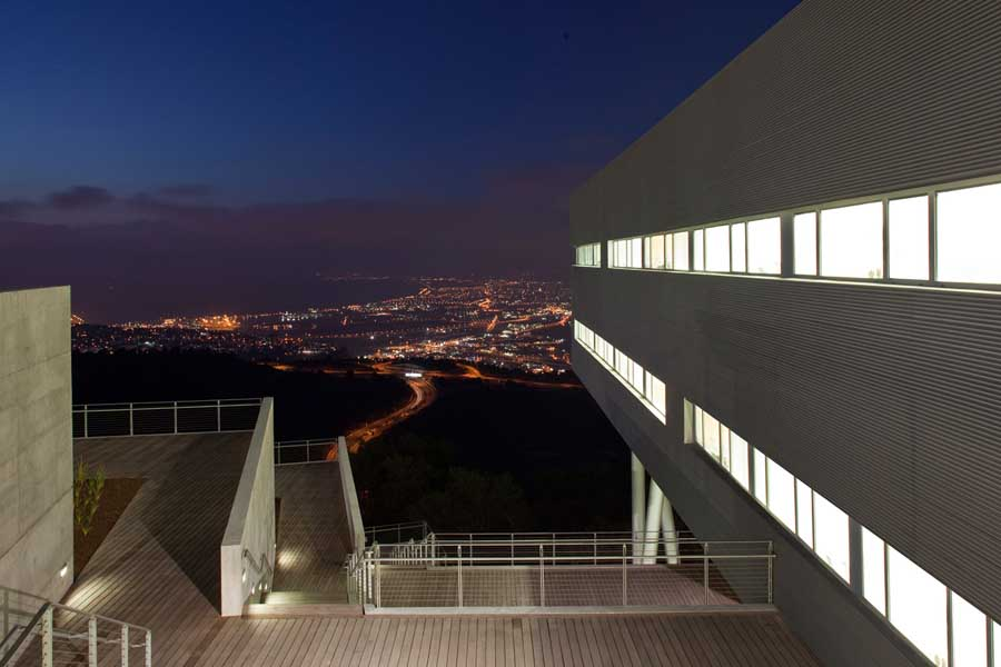 Haifa University Student Center Building – design by Chyutin Architects
