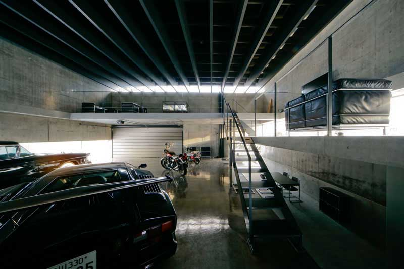Home Garage Car Lift >> Hokkaido Building, Japan, Asahikawa Garage, Kamikawa - e ...