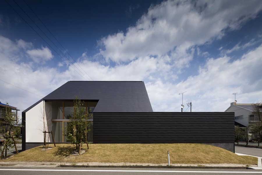 Japanese houses new property in japan e architect for Home architecture