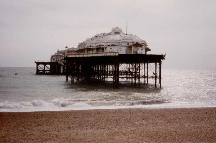 Brighton pier architecture building sussex e architect for Building a house on piers
