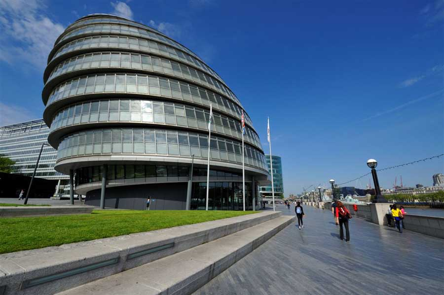 london mayor and responsibilities of gla essay Britain's local authorities, a clear and simple guide to the systems of local government and administration in britain.