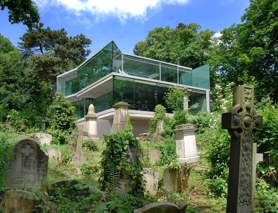 Highgate Cemetery, A Victorian Valhalla* | notesfromcamelidcountry