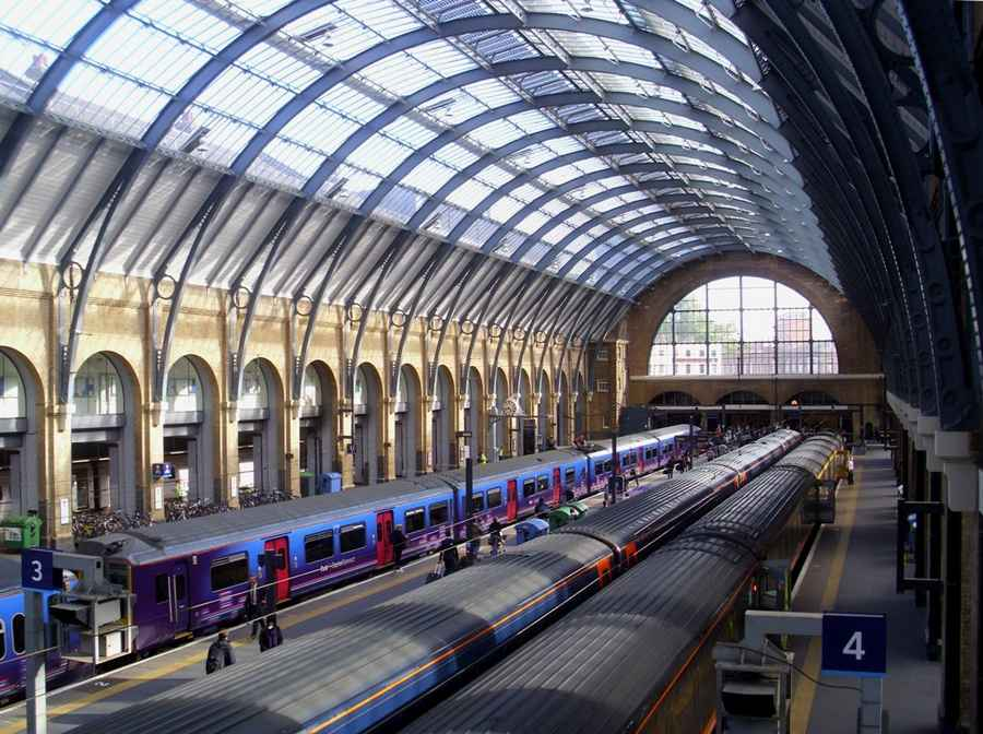 King S Cross Concourse London Railway Station E Architect