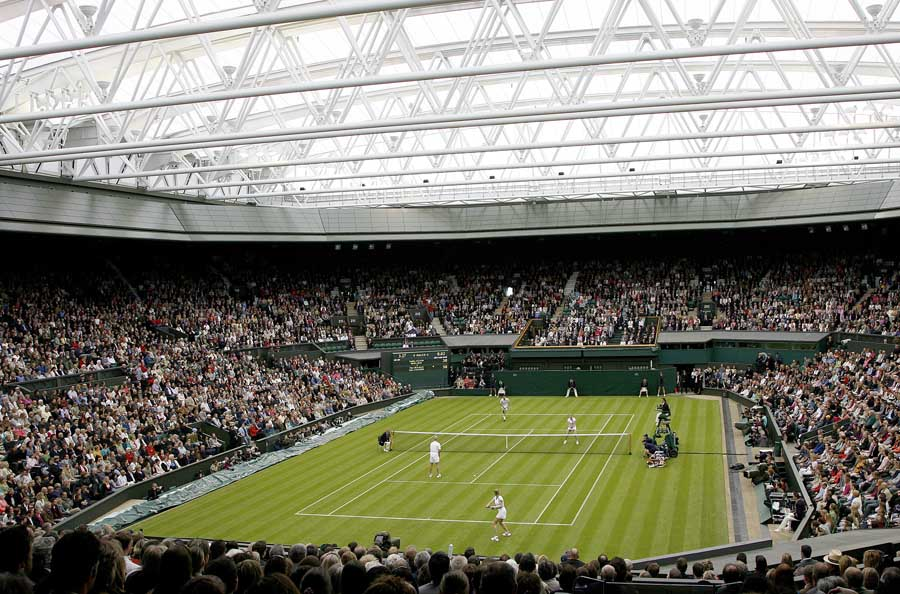Wimbledon Retractable Roof - Centre Court, London Tennis