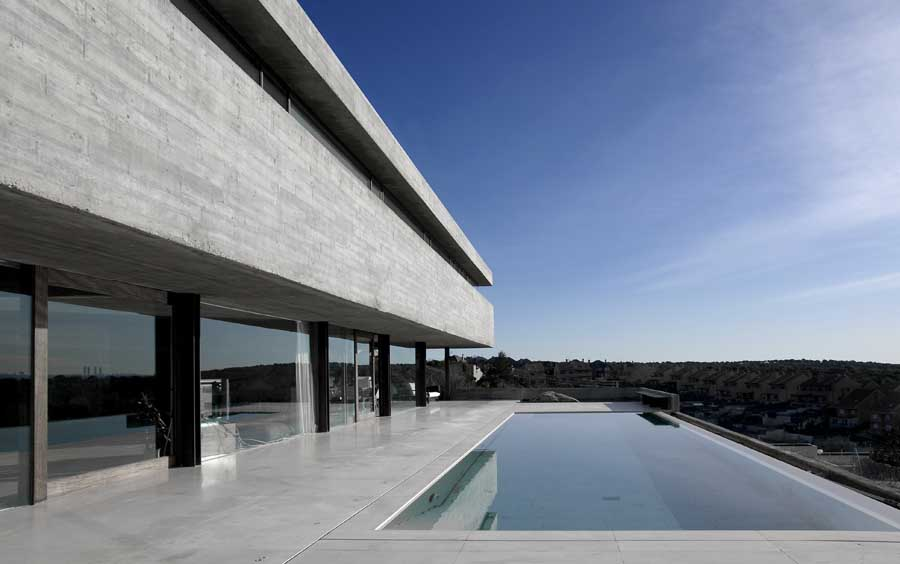 Casa Pitch Madrid Home I 241 Aqui Carnicero Spanish House