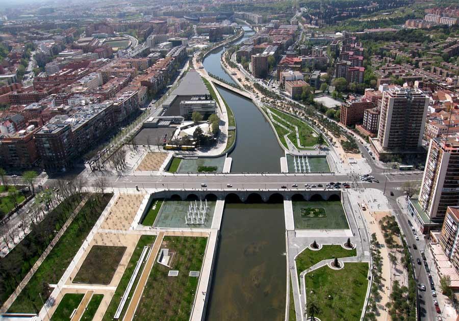 Puentes cascara madrid bridge west 8 spain e architect for West 8 landscape architecture