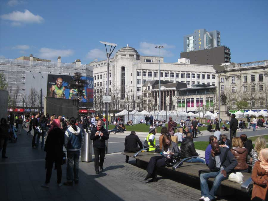 Manchester Piccadilly Gardens E architect