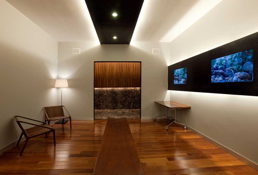 Acbc office colonia building ciudad de m xico office for Modern office ceiling design ideas