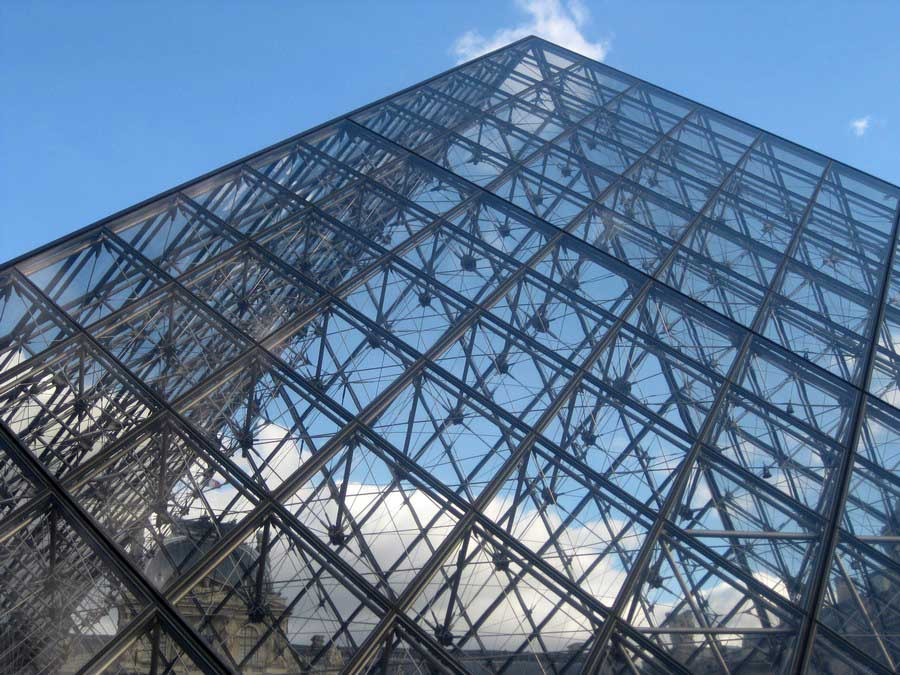 Louvre pyramid building architect e architect - Date construction du louvre ...