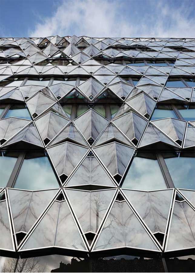 Origami building barclays capital bank paris e architect for Architecture origami