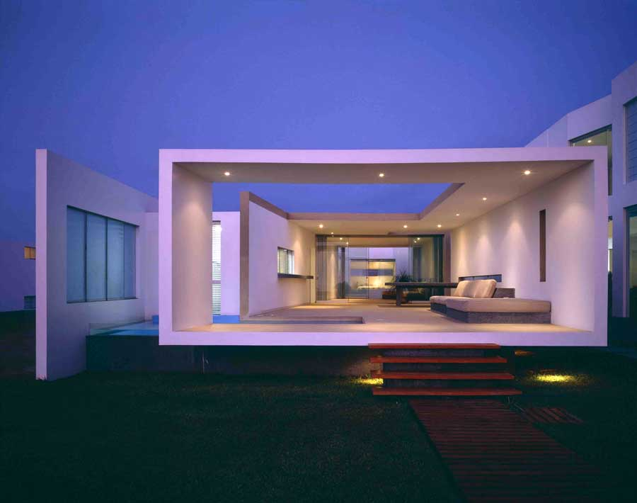 House h in lima e architect for Casa modern