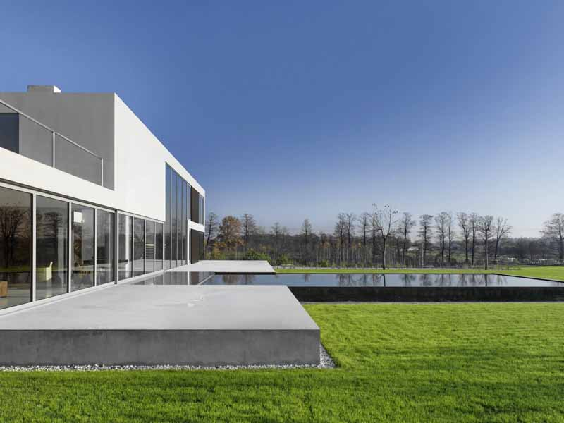 http://www.e-architect.co.uk/images/jpgs/poland/aatrial_house_kwkpromes14.jpg