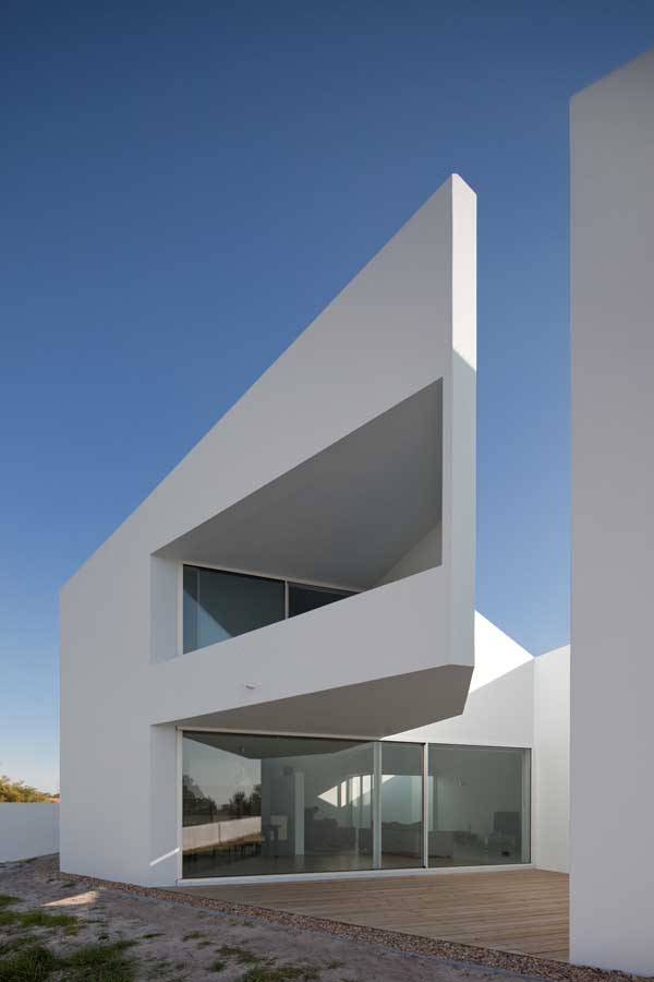 House In Possanco Residential Building Portugal E
