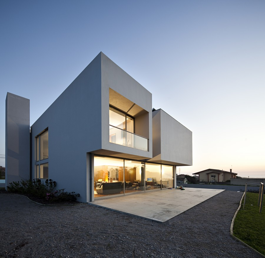 Portuguese houses property portugal e architect for Home architecture