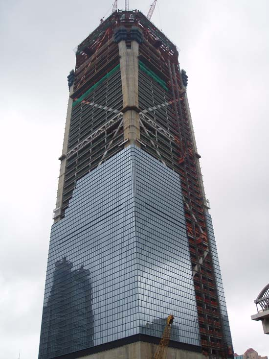 the tallest skyscrapers currently under construction e