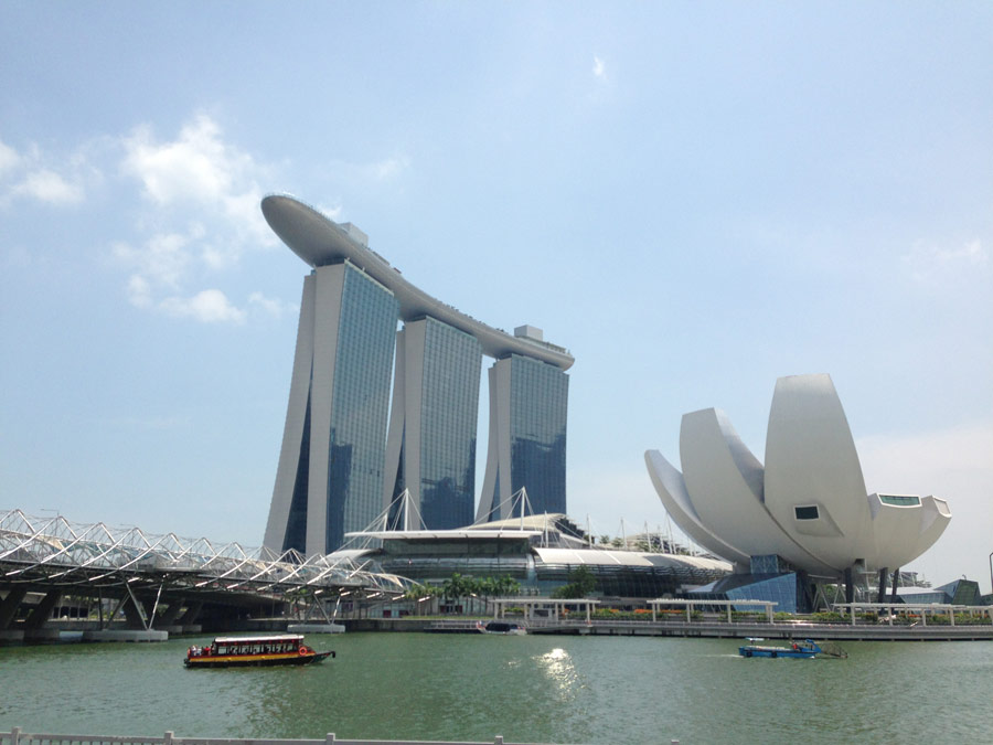 Marina bay sands singapore building e architect for Famous buildings in singapore