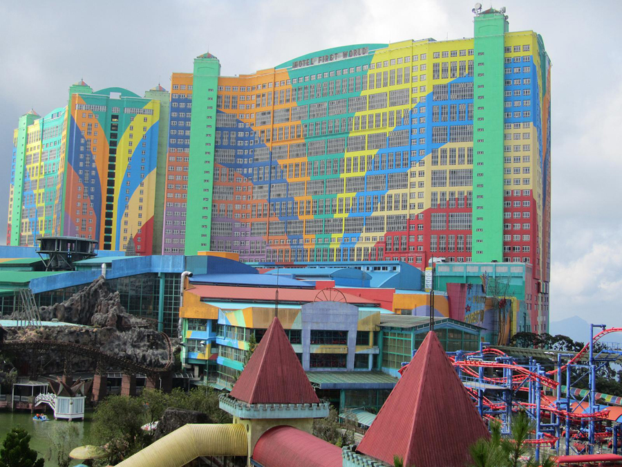 World 39 s most colourful towers high rise buildings e for Best hotel architecture in the world