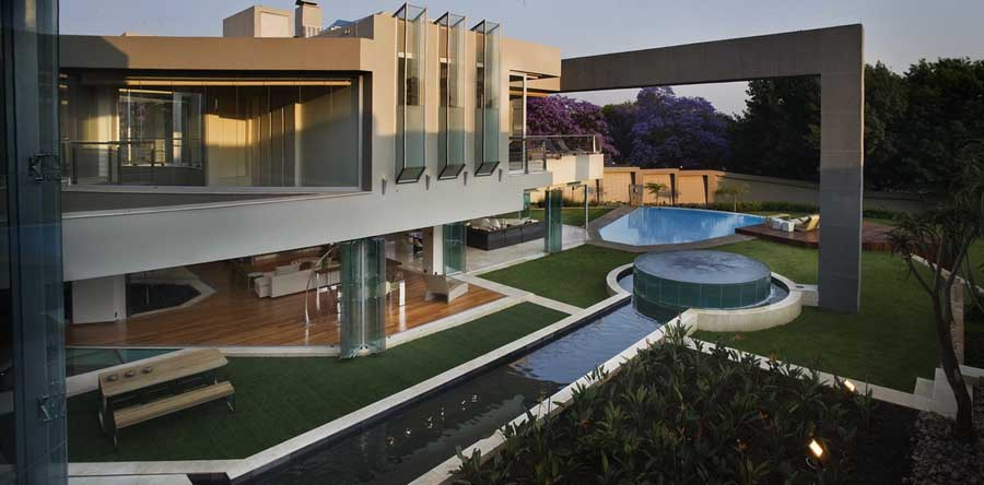 Glass house johannesburg property south africa for Architectural design companies in johannesburg